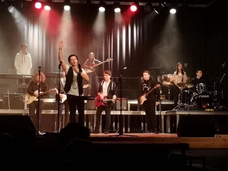 Band-AG